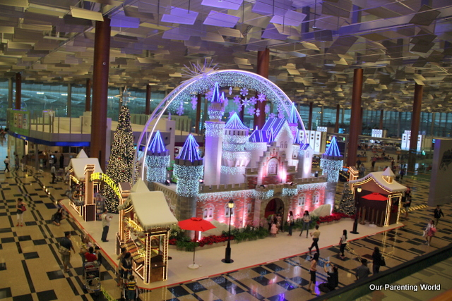 Changi Airport Christmas 1