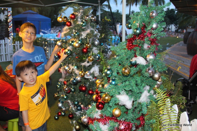 Port of the Lost Wonder Christmas 2014 10