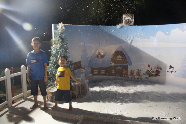 Port of the Lost Wonder Christmas 2014 18