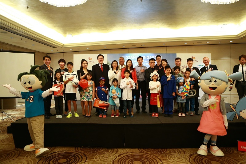 KidZania Singapore - IP, CSR Partner and Kids group shot-001