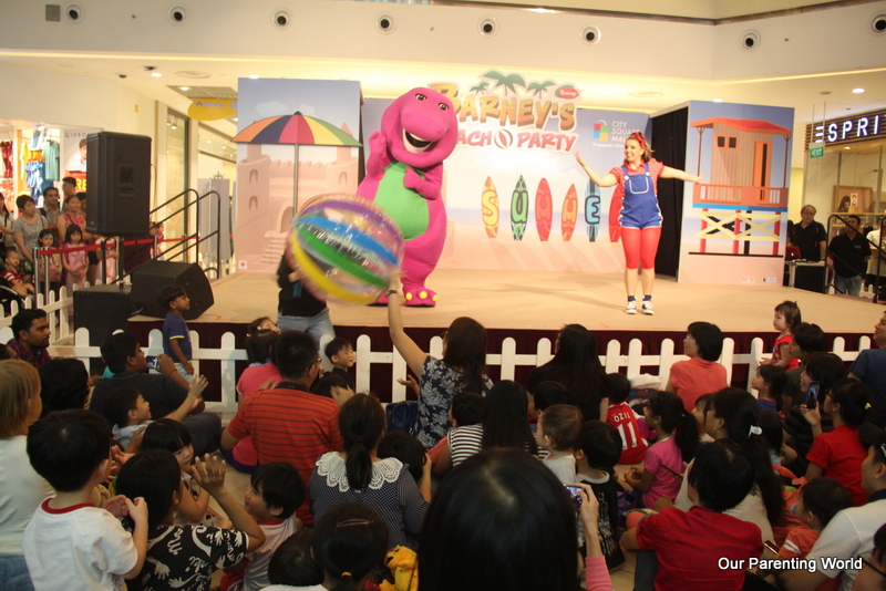Barney's Beach Party at City Square Mall 1
