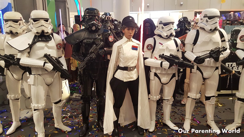 rogue-one-a-star-wars-story-at-vivocity