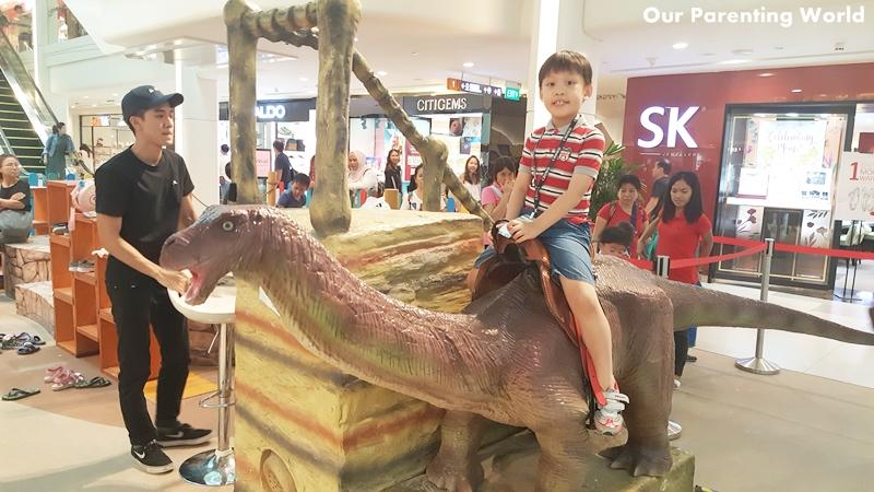 RAWR Dinosaurs Unearthed Plaza Singapura 11