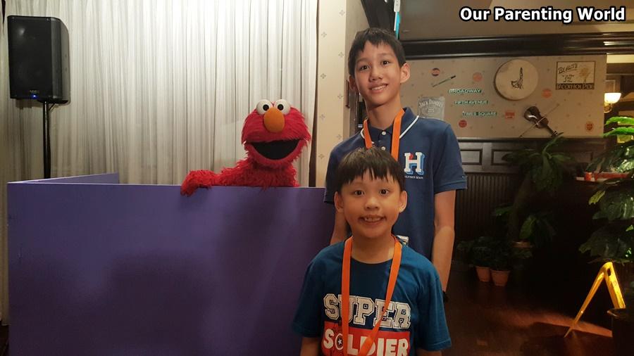 Elmo Sesame Street Universal Studios Singapore