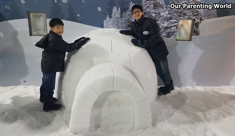 Snowy Surprises at Parkway Parade 1