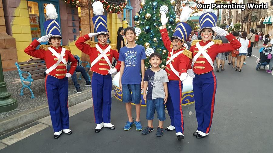 A Universal Christmas Universal Studios Singapore 2