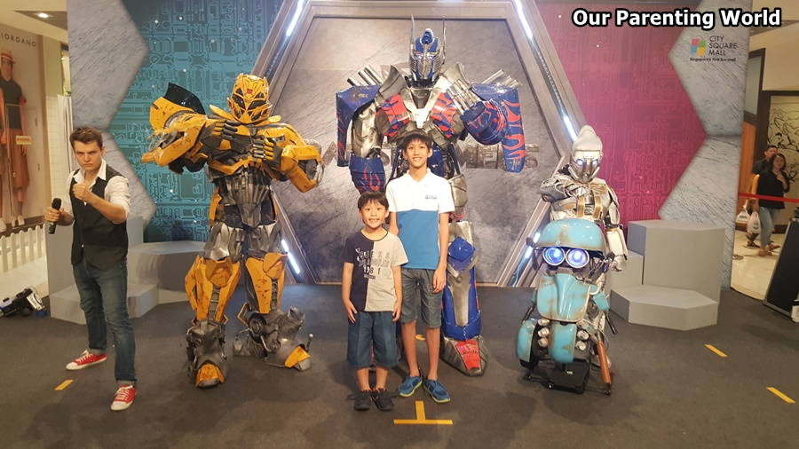 Transformers Christmas at City Square Mall