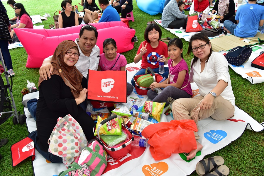 Families for Life Picnic at Istana