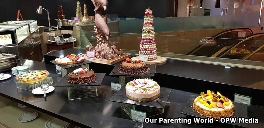 Tiffany Cafe and Restaurant Furama City Centre Image 8