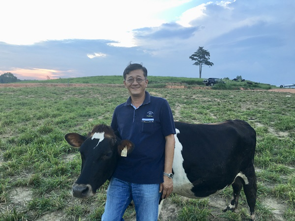 Farm Fresh, Malaysia's No. 1 Fresh Milk Brand – Exclusive Interview with Mr Loi Tuan Ee, Founder and Managing Director of The Holstein Milk Company Sdn Bhd, Our Parenting World