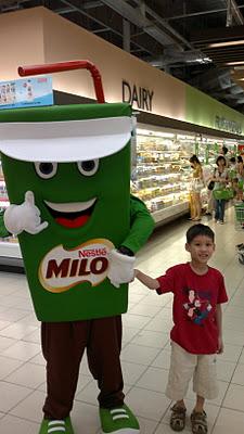 Gor Gor and Mr Milo Man, Our Parenting World