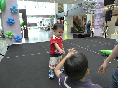 Balloon Fun at The Central, Our Parenting World